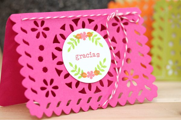 Lifestyle Crafts Doily Banner Die: Create Thank You Cards