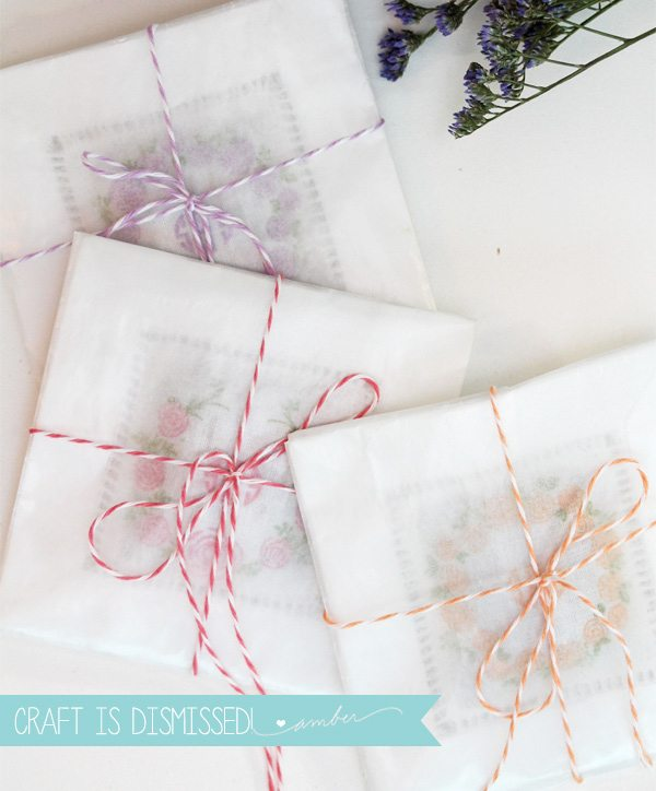 Simple Monogrammed Sachets | Damask Love Blog