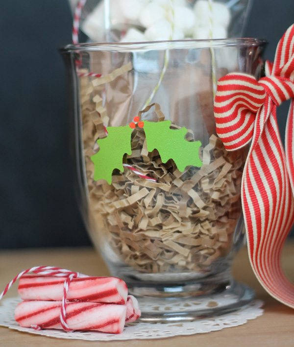 Holiday Cafe Mug with Martha Stewart Glass Paints | Damask Love Blog
