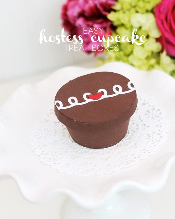Hostess Cupcake Treat Boxes | Damask Love Blog