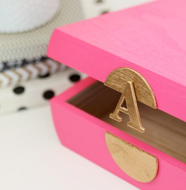 DIY Monogram Stationery Box | Damask Love
