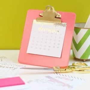 DIY Clipboard Easel and Foiled Calendar | Damask Love