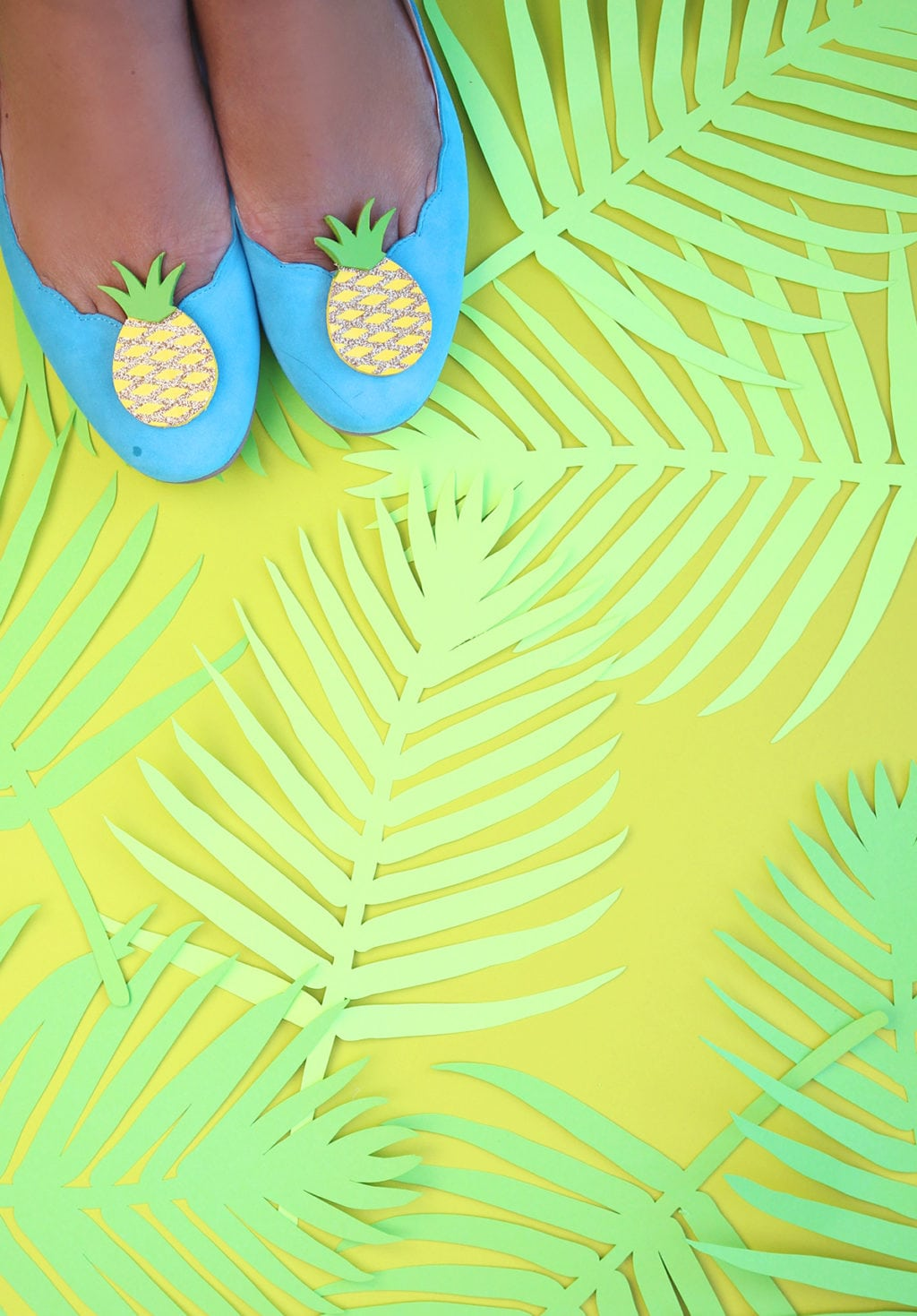 DIY Pineapple Shoe Clips | Damask Love